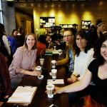 amerikanisches Team bei Starbucks