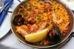 traditional spanish dish paella
